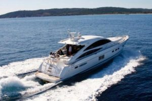 sortie en mer en yacht avec skipper-enrôlement a marseille